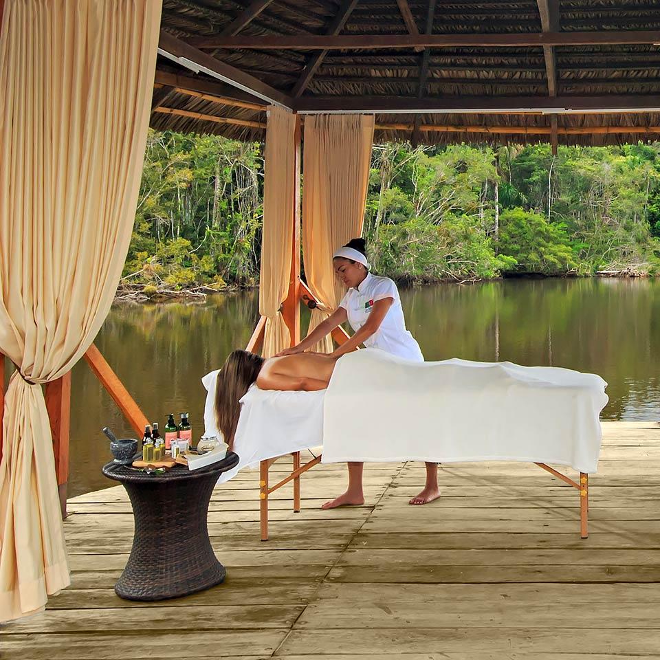 massage session at la selva lodge