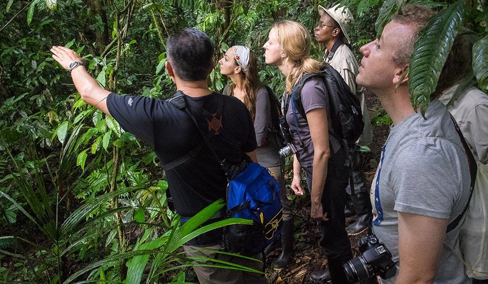 la selva guests with a tour leader