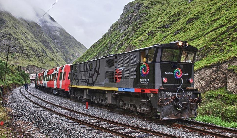 ecuador touristic train